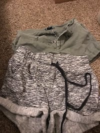 women's clothes sizes are on pictures  2295 mi