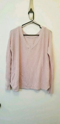 Light pink comfy knitted sweater Montréal, H2C 2W5