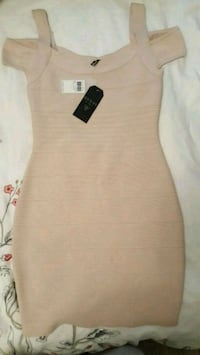 Brand new Guess dress sz s  Surrey, V3V 7G8