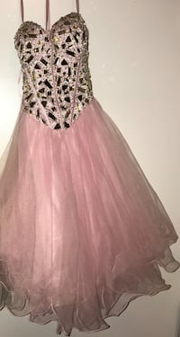 Pink dress 75 obo wore once  Collierville, 38017