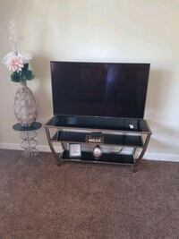 Tinted glass T.V stand Maineville, 45039