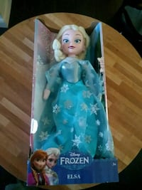 plush Elsa Frozen doll Washougal, 98671