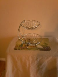 Brand new silver 2 tiered wire fruit basket Colton