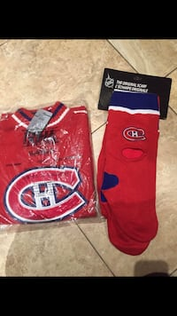 Sweater and scarf with montreal canadians logo ( sweater is size xl)  Nhl approved  Montréal, H8N 1X1