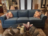 Like new thomasville couch Parsonsburg, 21849
