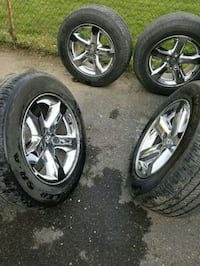 2005 crom rims and tires Winchester, 22601