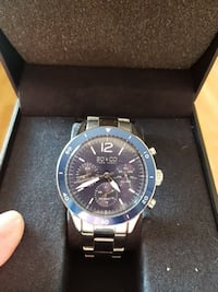 round black and silver-colored SO & CO chronograph Langley, V2Y