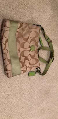 green and brown Coach leather crossbody bag Salinas, 93905