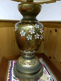 Vintage Lamp 3 ft Tall in very good condition Gloucester County, 08051