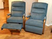 Recliners  two blue rocker/recliner chairs 3147 km