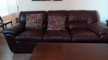 Living Room Set: Sofa, Loveseat, Lift-Top Coffee Table, 2 End Tables