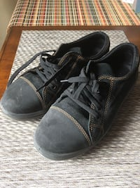 Women's Safety Shoes - Size 8 Port Hope, L1A 4G2