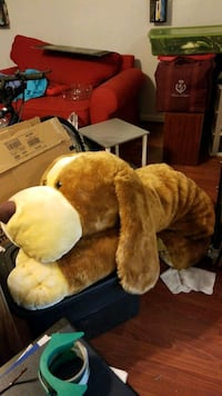 Huge plush dog Charlotte, 28213
