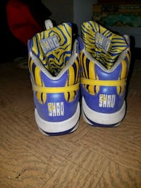 pair of blue-and-yellow Nike basketball shoes Woodbridge, 22193