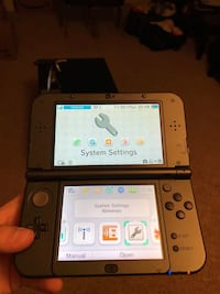 New Nintendo 3DS with 20 games