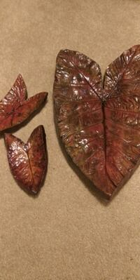 Beatiful Acrylic Painted  Cement Leaves Deltona