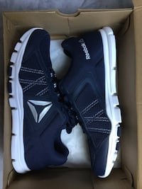 NEW! Size 10.5 men Reebook YourFlex Train 9.0 XWide Arlington, 22207