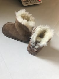 Tan Uggs. For Babies. Size Small.  Vaughan, L4H 3P6