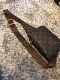 Louis Vuitton Sling bag Delta, V4C 4G1