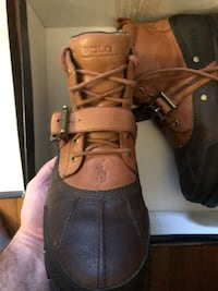 pair of brown leather work boots Hampton, 23664