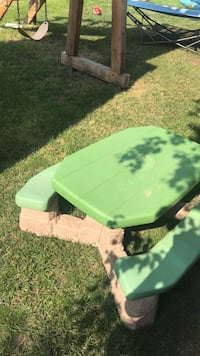 green and black plastic picnic table Edmonton, T5Z 3S3