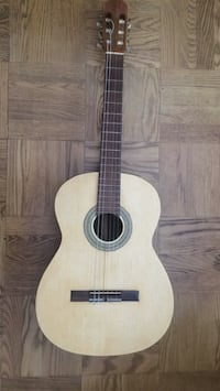 Spanish Classical Guitar Spruce Top Arlington