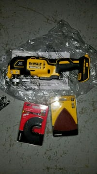 Dewalt XR brushless oscillating multi tool 20v  < 1 mi