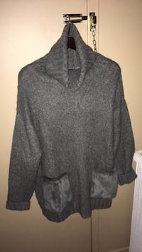 Ladies grey turtleneck sweater with two front faux fur pockets size L/XL Oakville, L6K 1Y8