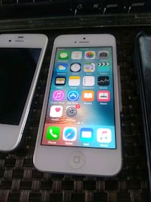 iPhone 5/6 unlocked both $225 each $85/$150