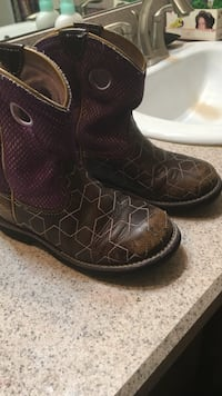 Kids boots size 13 Ariat brand Palm Bay, 32909