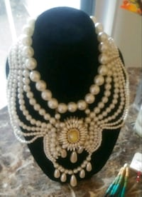 """""""Chandelier"""" Pearl Draped Necklace"""