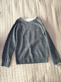 DKNY boy's gray crew-neck sweatshirt 3749 km