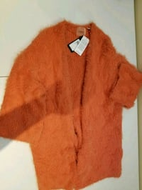 orange fur-lined coat 562 km