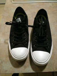 pair of black-and-white low top sneakers Harlingen, 78550