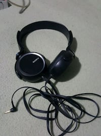 Sony Flatfolding Headphones Cambridge, N3H 4L9