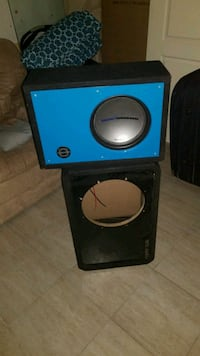 "One 12"" ported box and a  10"" sealed box up for sa Toronto, M6L 1M7"