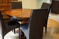 Dinner table an 4 chairs Rockville