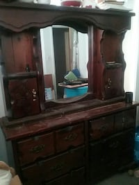 2 piece Large Dresser and Mirror Combo!  Tampa, 33612
