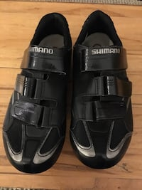 Shimano cycling shoes with cleats 40 or 7/8 Washington, 20001