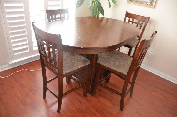 Extendable Dinette Set