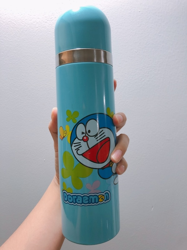 NEW themos bottle (Doraemon)