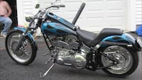 Black and blue cruiser motorcycle Mapleville, 02839