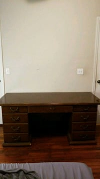 Large Mahogany Office Desk Tallahassee, 32303