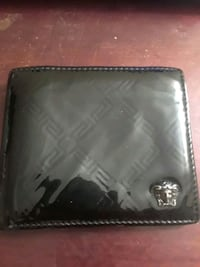 black leather bi-fold wallet Annandale, 22003