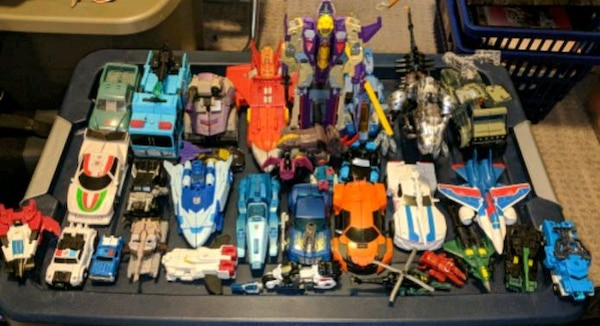 33-Piece Transformers Collection