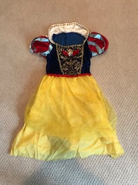 SNOW WHITE COSTUME AGE 4-6 Fairfax, 22030