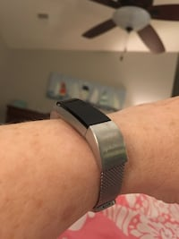 Fitbit Ulta with silver band and charger 40 km