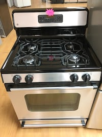 GE stainless steel gas stove Woodbridge, 22191