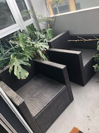 Move sale. Outdoor wicker set. One loveseat and 2 chairs. No cushions  Los Angeles, 90049