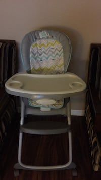 Baby's gray and green highchair Apopka, 32703